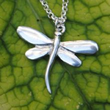 Dragonfly pendant necklace  P41